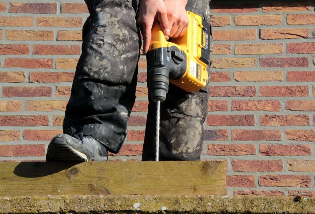 Throughout October, Hse Inspectors Will Be Visiting Construction Firms To Make Sure Their Health Standards Are Up To Scratch And, In Particular, They Will Focus On Respiratory Risks And Occupational Lung Disease.